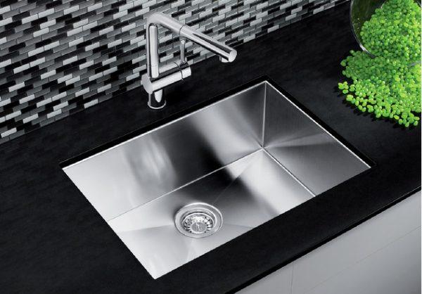 Blanco-Kitchen-Sink-Quatrus-U-1-Medium-401246.jpg